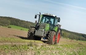 Колёсный трактор Fendt 300 Vario