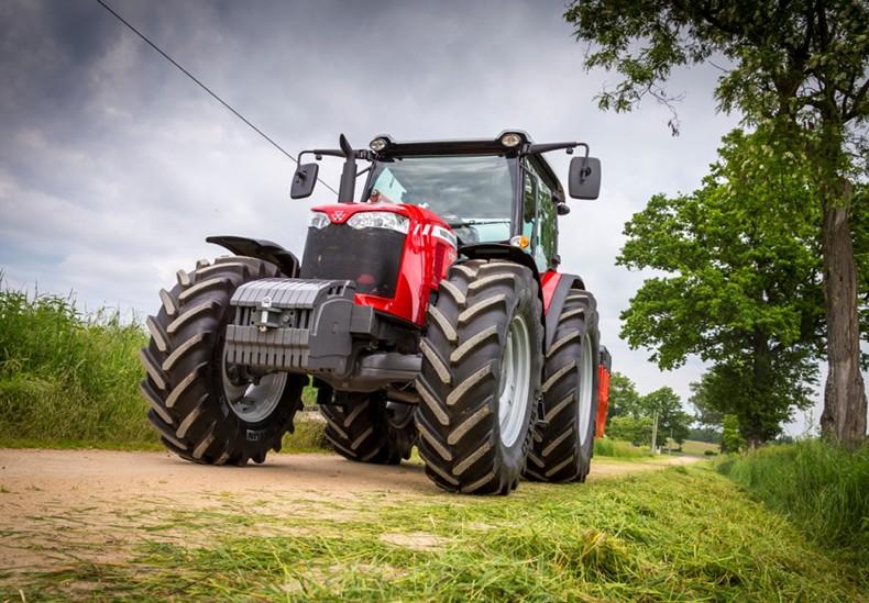 Колёсные тракторы Massey Ferguson MF 6700